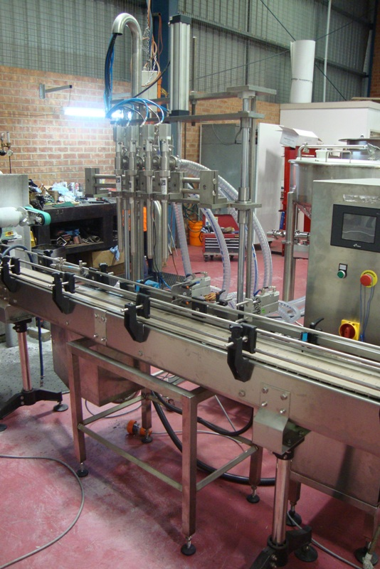 4 Head Liquid Filling System
